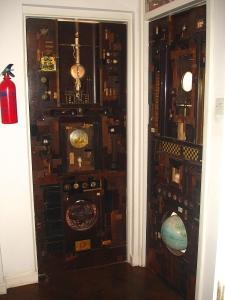 Lesley Hilling doors