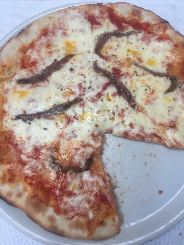 Gluten free pizza napolitana a Be Bop restaurant, Milan