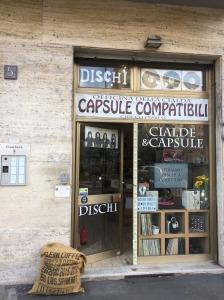 Cialde e Capsule negozio, Gambara Metro, dischi vinile